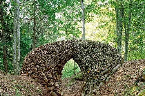 obra con materiales naturales de Bob Verschueren