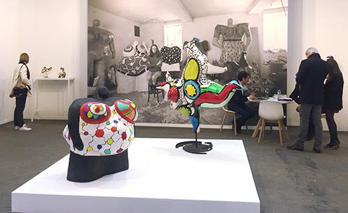Esculturas de la artista Niki de Saint Phalle, de la galeria Mitterrand de París